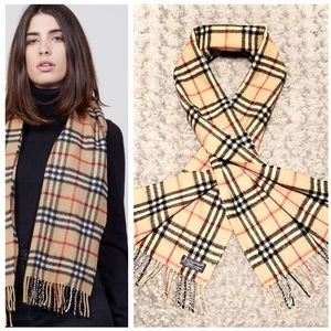 Burberry classic scarf paid $375 great condition!